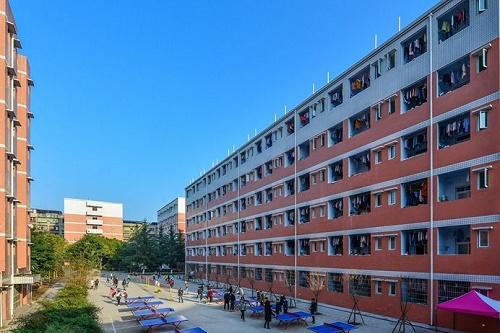 四川德阳中艺科技职业学校2021年学费多少钱